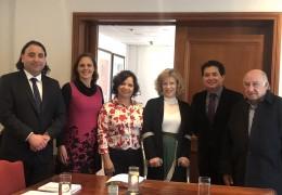 Rodrigo Moreno, Gerente General Arcatel; Natalia Arcaya, Secretaria; Cecilia Rojas, Tesorera; Catalina Parot, Presidenta CNTV, Marcelo Mendizábal, presidente de Arcatel y José Gálvez, Vicepresidente.